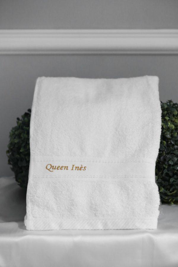 personnalisation serviette de bain mariée